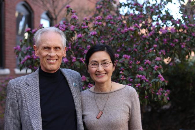 Joel Coats (left) and 2016 Paul Dahm memorial lecturer Ke Dong (right).