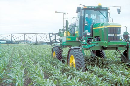 High clearance nitrogen applicator